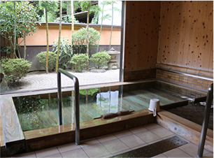 Hinoki-no-yu (Wooden bath)